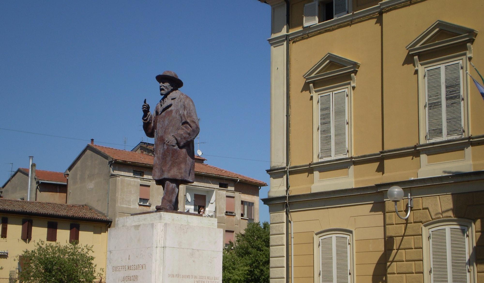 Piazza Massarenti