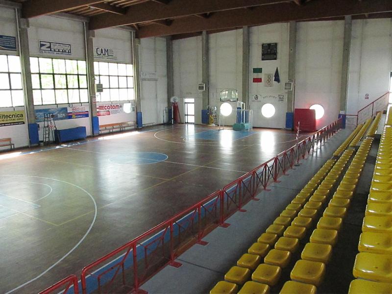Palazzetto dello Sport - interno (foto di Tobia Zucchini)